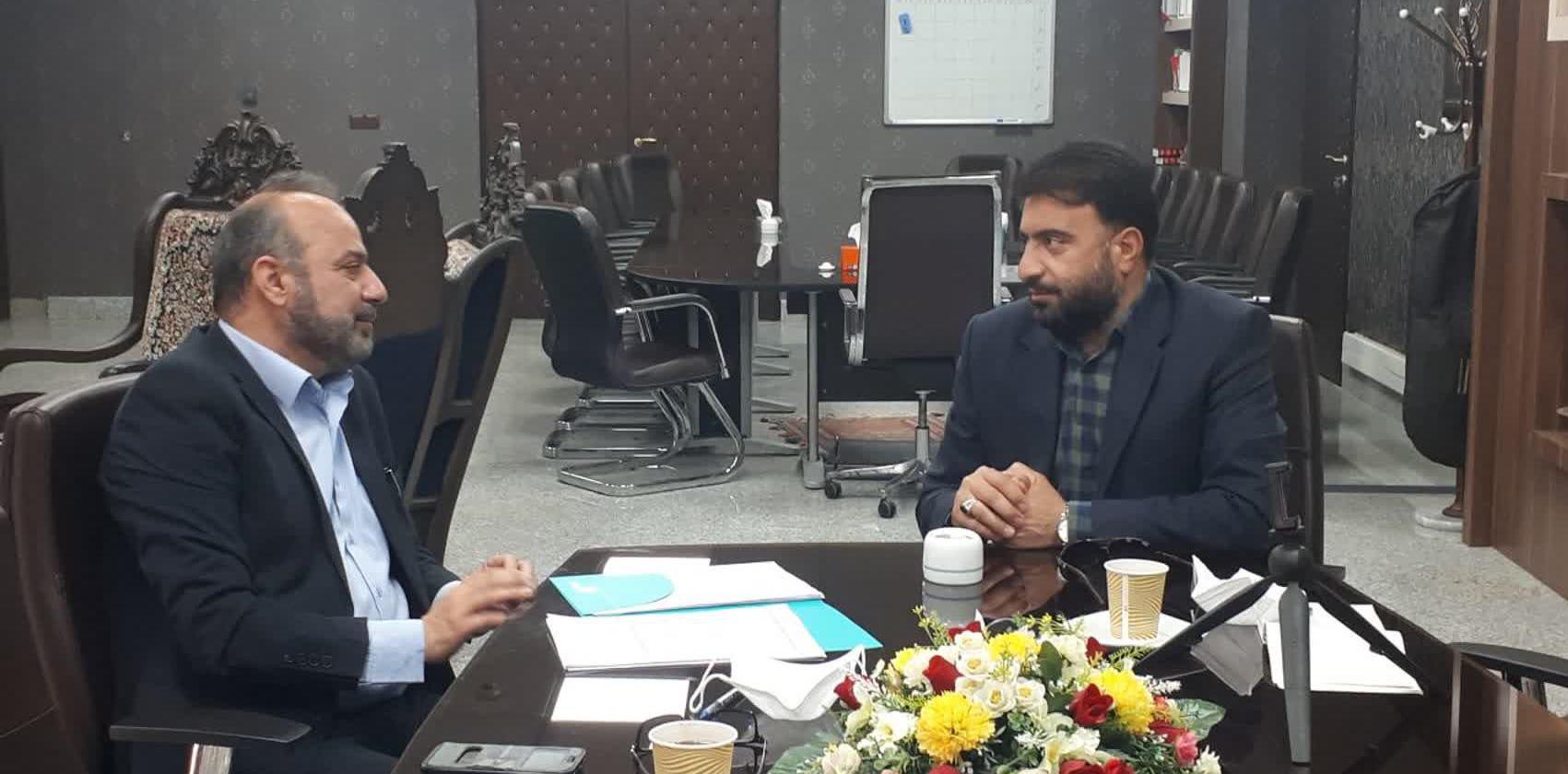 مدیر بانک تجارت استان زنجان درباره کارخانه چرم مصنوعی زنجان توضیح می دهد