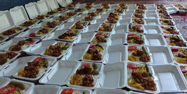 توزیع 100هزار بسته غذای گرم در محلات محروم هرمزگان