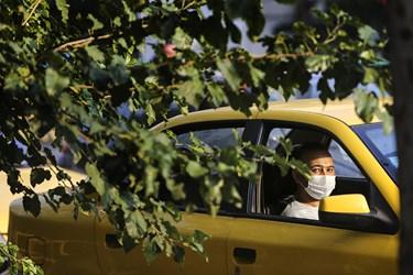ماسک اجباری شد / خیابان انقلاب