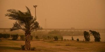 گردوغبار شدید در هوای بندرعباس از صبح امروز