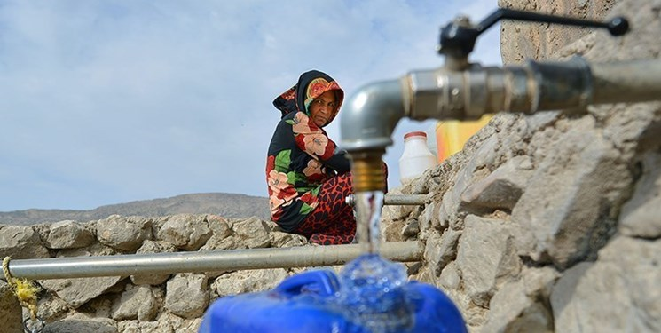 کلافگی دشتستانیها از نبود آب در گرمای ۵۰ درجه