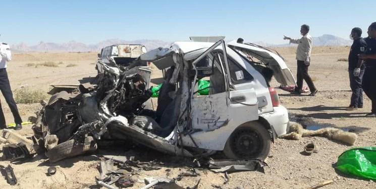 تصادف خونین پژو و پراید پر از سرنشین در محور یاسوج به شیراز