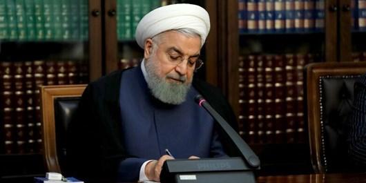 روحانی طی پیامی درگذشت مادر شهیدان «سازش» را تسلیت گفت