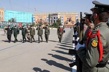 ورود فرماندهان سپاه و ارتش به مراسم مشترک دانشآموختگی دانشگاههای افسری نیروهای مسلح