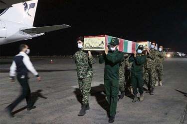 مراسم استقبال از پیکر مطهر یک شهید مدافع حرم و چهار شهید دفاع مقدس در اهواز
