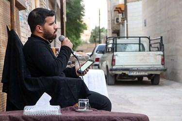 مدیحه سرایی مداح اهل بیت محمد امین ناصرین در پویش هر کوچه ، یک حسینیه