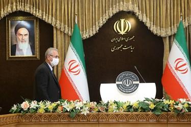ورود علی ربیعی سخنگوی دولت به نشست خبری