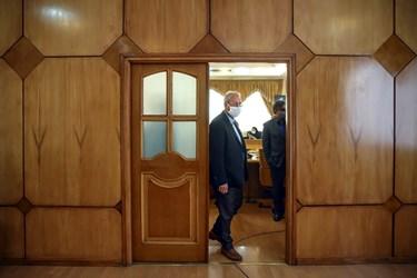 علی ربیعی سخنگوی دولت پس از پایان نشست خبری