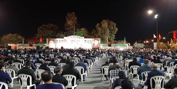 مادر شهید رادمهر: در حمایت مطلقه از ولی فقیه باید تلاش کنیم/ ما مسلمان و پیرو سیره رفتاری و عملی اهل بیت هستیم