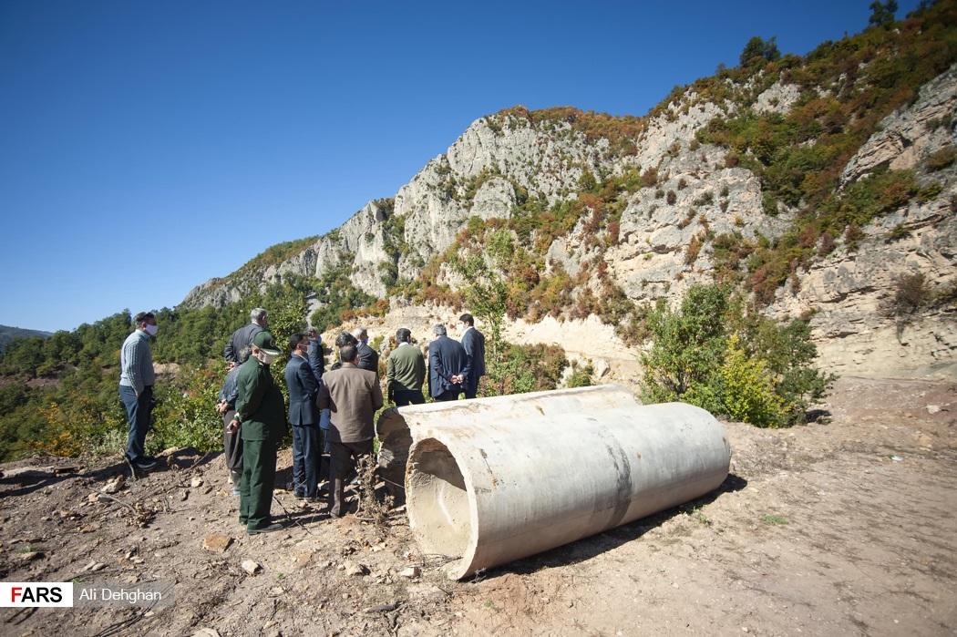 بازدید میدانی از جاده تخریب شده روستای ویرو