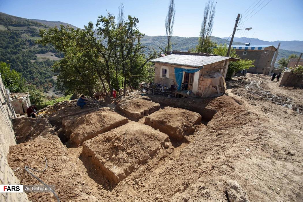 بازدید عضو هیات رئیس مجلس شورای اسلامی از روستاهای زلزله زده رامیان