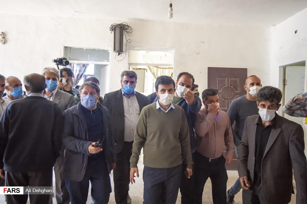 بازدید از فضای درسی روستای ویرو توسط دکتر سید محسن دهنوی