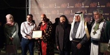 تقدیم نمایش «الشمس تشرق من حلب» به شهدای خان طومان