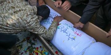 تشییع پیکر شهید مدافع حرم مجید سلمانیان