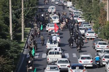 تشییع خودرویی پیکر شهید مدافع حرم مجید سلمانیان