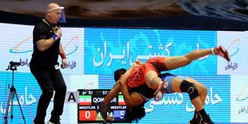 لیگ برتر کشتی فرنگی|بازار بزرگ ایران قهرمان شد/جولان کرونا در مراسم پایانی