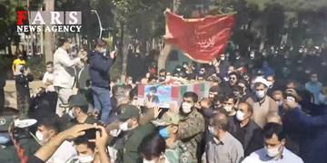 فیلم  مراسم تشییع شهید مدافع حرم زکریا شیری در آبیک