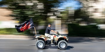 رژه خودرویی یگان های نظامی آجا استان فارس