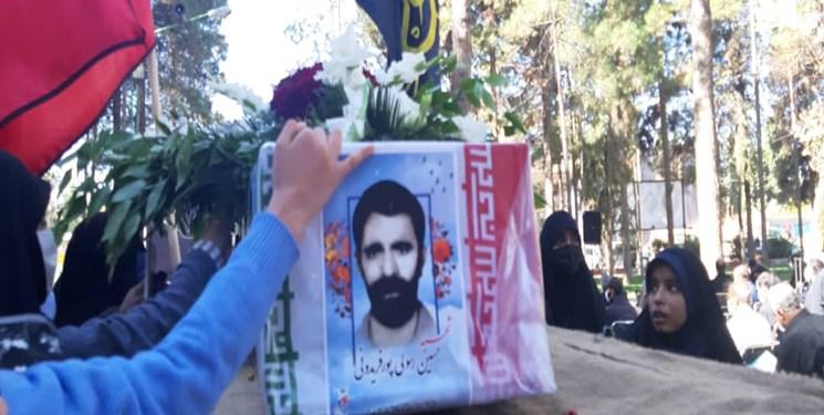 37 سال از مهران تا سیرجان/پیکر شهید رسولی در زادگاهش آرام گرفت