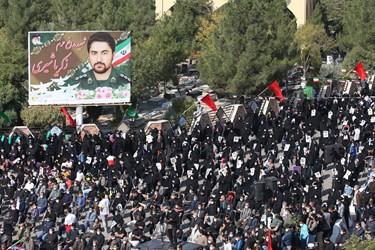 عکس| تشییع و تدفین شهید زکریا شیری در اقبالیه