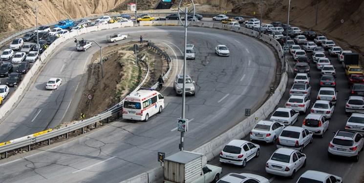 ترافیک سنگین در محور تهران - فشم / تردد روان در جاده های شمال