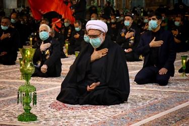 حضور حجتالاسلام مروی تولیت آستان قدس رضوی در مراسم شام غریبان حرم مطهر ر ضوی