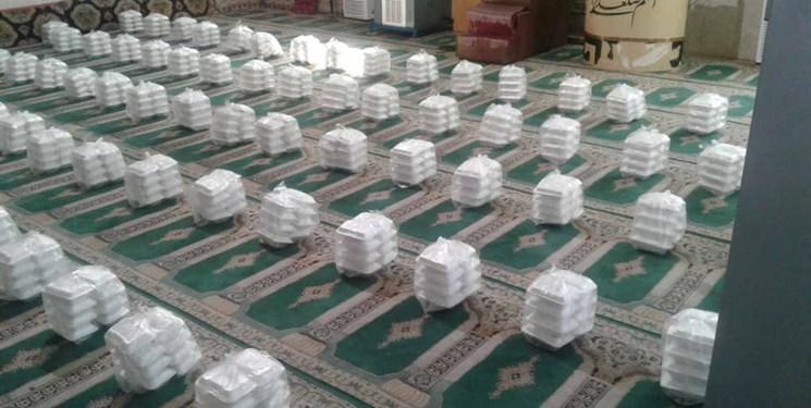 توزیع ۲۲۰۰ پرس غذای گرم و ۱۱۴ بسته معیشتی توسط قرارگاه پیشرفت و آبادانی قزوین
