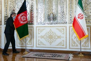 جانمایی پرچم افغانستان توسط عوامل دستگاه دیپلماسی