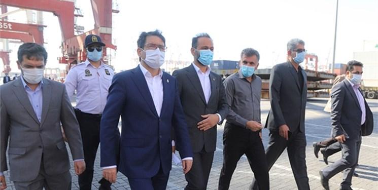 حضور رئیس سازمان بنادر در بندر شهید رجایی/ فعالیت بنادر بدون وقفه ادامه دارد
