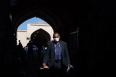 اجباری شدن ماسک در بازار تبریز بزرگترین بازار سرپوشیده جهان
