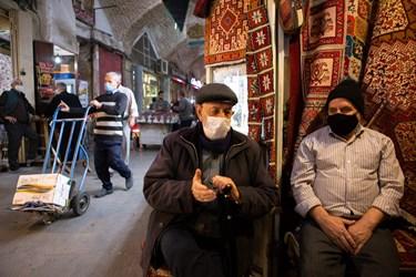 الزام استفاده از ماسک در بازار فرشِ بازار تاریخی تبریز