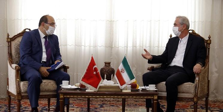 ضرورت تقویت ارتباطات با کشورهای همسایه/  مشارکت 70 درصدی ترکها در شهرک سرمایهگذاری خارجی تبریز