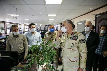 بازدید سردار احمدعلی گودرزی فرمانده مرزبانی ناجا از تحریریه خبرگزاری فارس