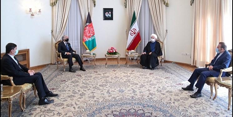 روحانی در دیدار عبدالله: راهآهن خواف–هرات طی روزهای آینده افتتاح میشود