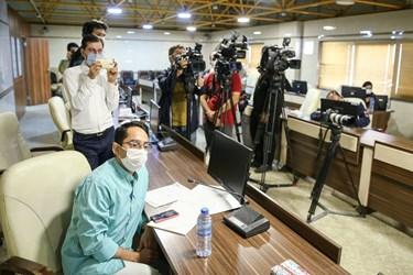 حضور خبرنگاران در نشست خبری ساخت نخستین واکسن کرونا مبتنی بر ویروس مهندسی شده سرخک