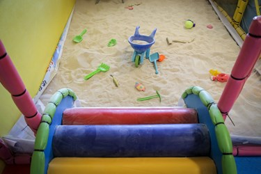 محیط بازی ای که این روزها خالی از حضور کودکان است.
