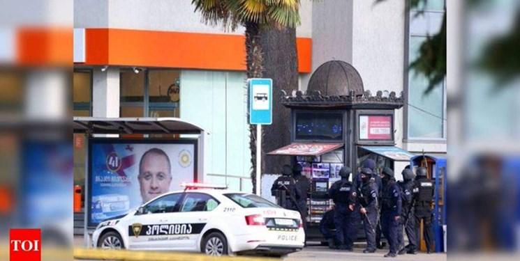 ۲۰ نفر در یک بانک گرجستانی گروگان گرفته شدند