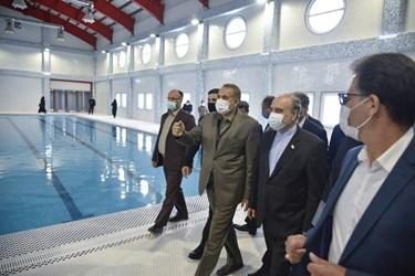 بهره برداری از استخر سرپوشیده و ۲ سالن ورزشی در هیدج توسط وزیر ورزش و جوانان