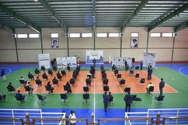 بهره برداری از سالن چند منظوره خیرساز در سلطانیه توسط وزیر ورزش و جوانان