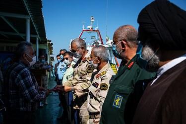 تجلیل از بازنشستگان یگان تکاوری دریابانی بوشهر