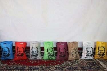 اقلام آمادهشده برای ارسال به خانواده های نیازمند در حسینیه شهدای مدافع حرم سمنان معروف به حسینیه همدلی