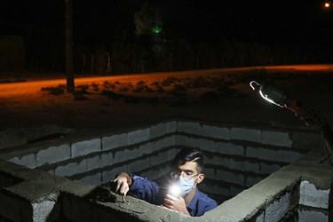 جهادگران جهاد سازندگی سپاه ولیعصر (عج) خوزستان در در حال ساخت  مخزن آب در روستای حمیره در دهستان غیزانیه