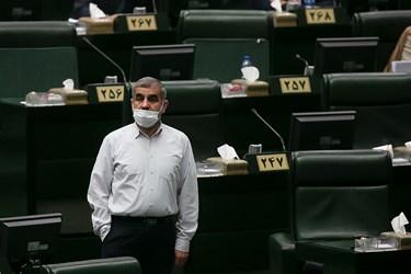 علی نیکزاد نماینده تهران در جلسه علنی مجلس / 6 آبان 99