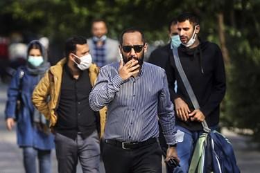 ماسک بی ماسک / خیابان انقلاب تقاطع وصال