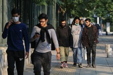 ماسک بی ماسک / خیابان انقلاب مقابل دانشگاه تهران