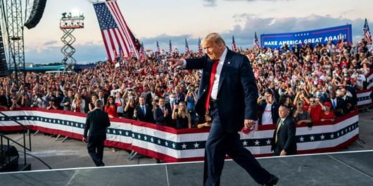نظرسنجی| 60 درصد با اقدام ترامپ در برگزاری تجمعهای انتخاباتی موافق نیستند