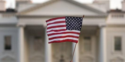 نظرسنجی| اکثر آمریکاییها معتقدند کشورشان در مسیر نادرستی قرار دارد