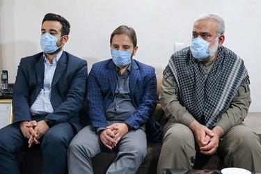 دیدار سردار محمدرضا نقدی  معاون هماهنگ کننده سپاه با خانواده شهید امر به معروف محمد محمدی