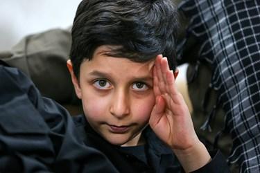امیر رضا محمدی فرزند شهید امر به معروف محمد محمدی در منزل شهید محمدی