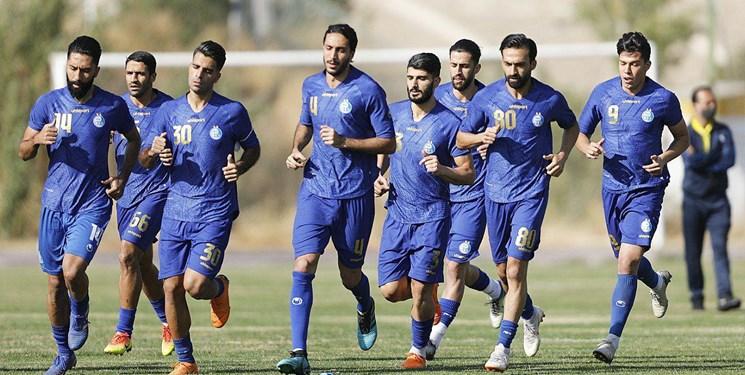 گزارش تمرین استقلال   جلسه فکری با بازیکنان و غیبت 2 مربی / استقبال آبی پوشان از نادری + عکس